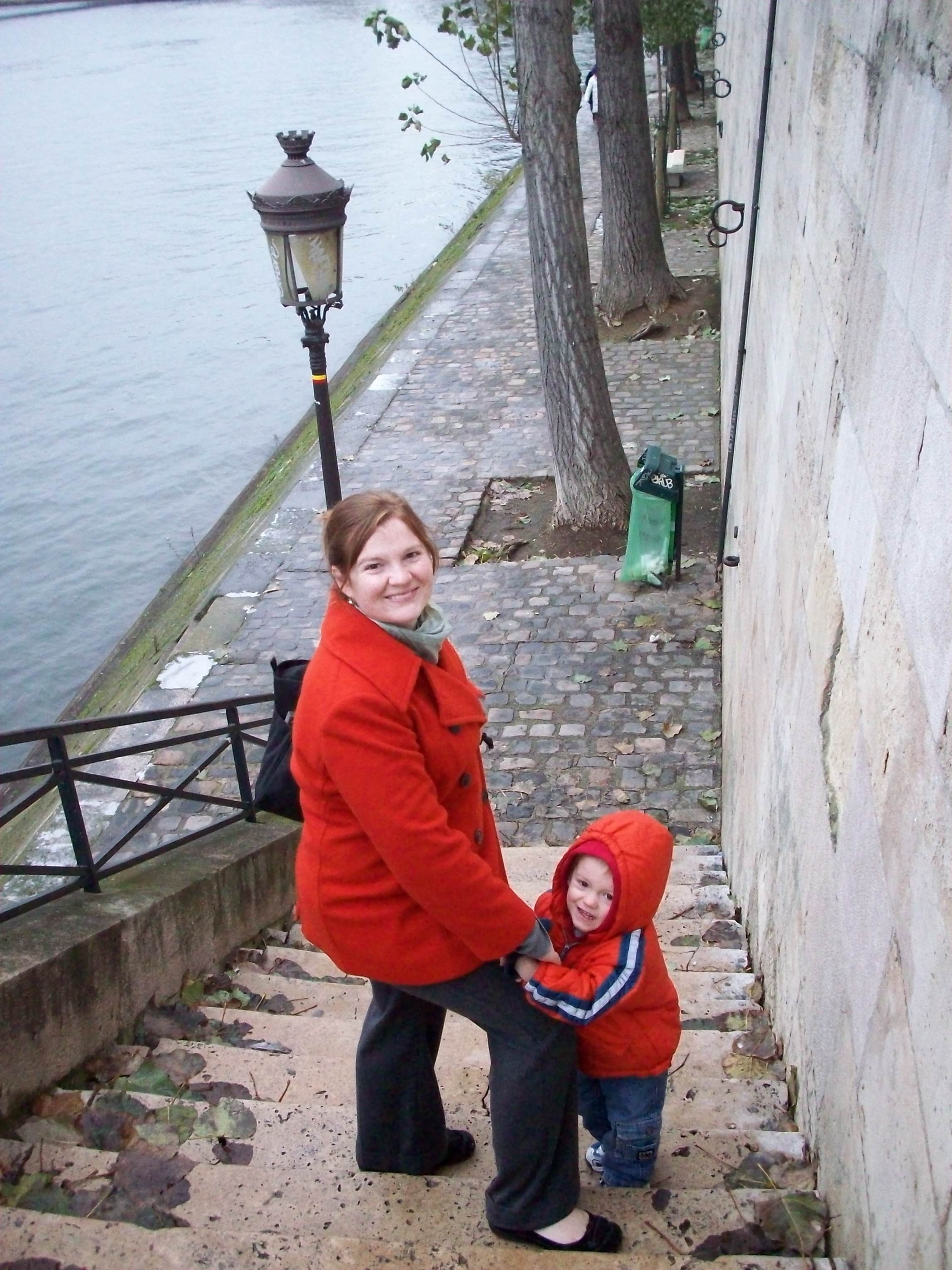 Elayne and Benji on Parisian steps